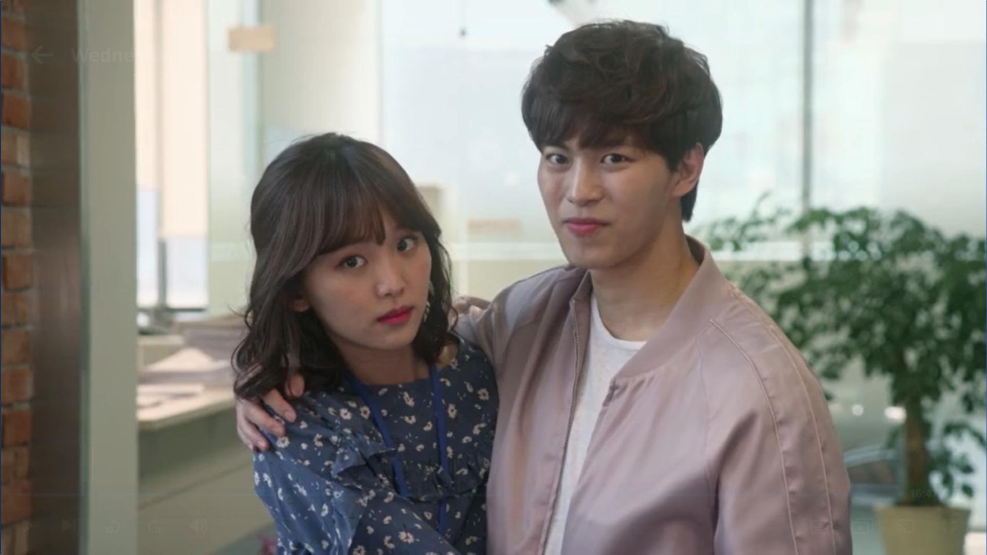 Wednesday 3:30 PM Seon Eun-woo and Yoon Jae-won staring at Baek Seung-gyu