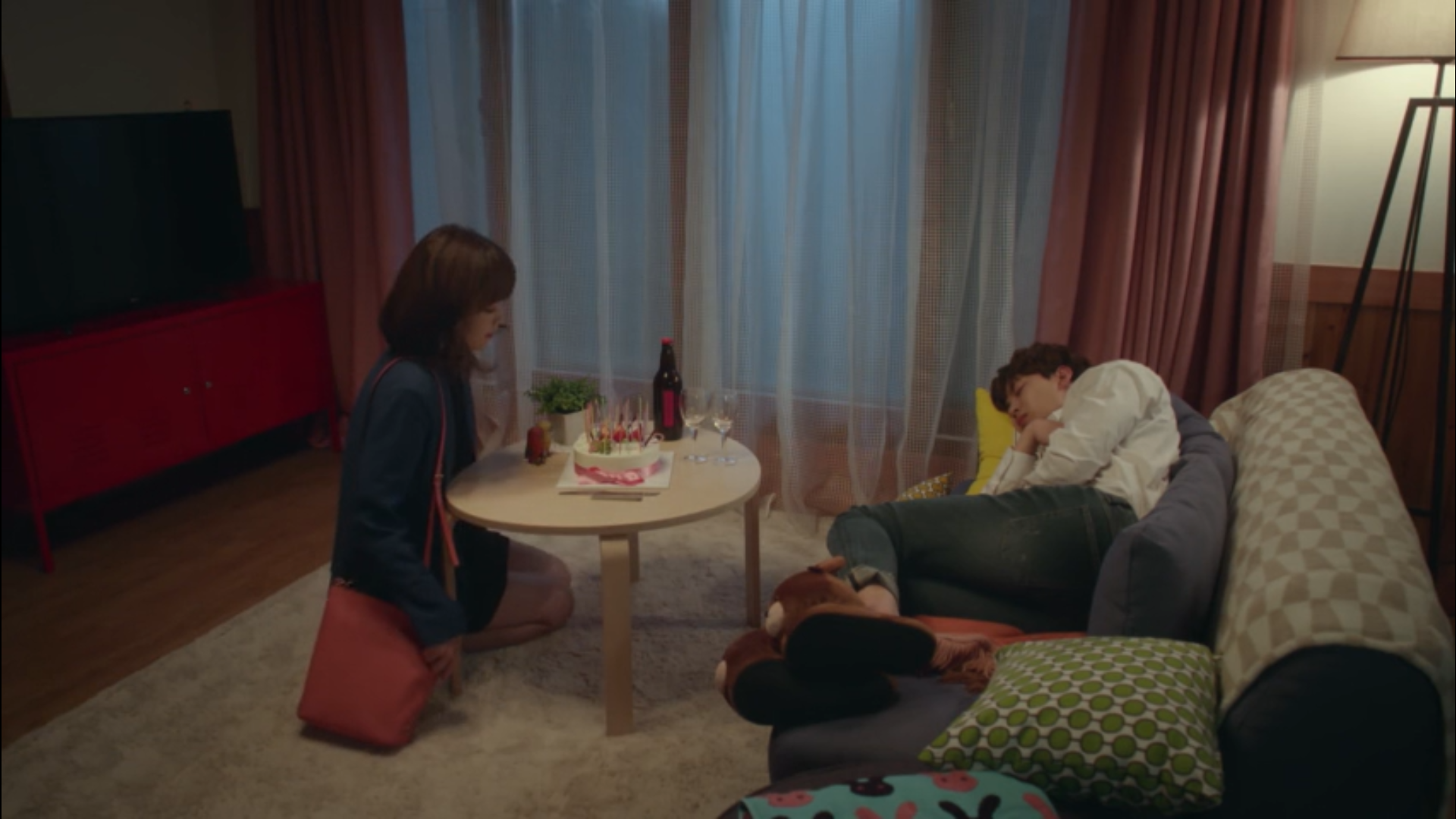 Wednesday 3:30 PM Seon Eun-woo and Yoon Jae-won on her birthday
