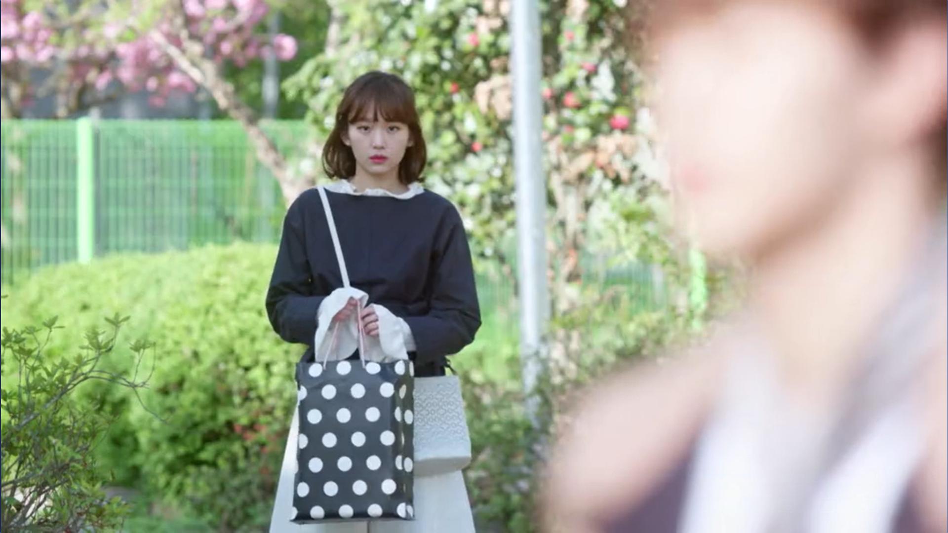 Wednesday 3:30 PM Seon Eun-woo seeing Yoon Jae-won and Gong Na-yeon together